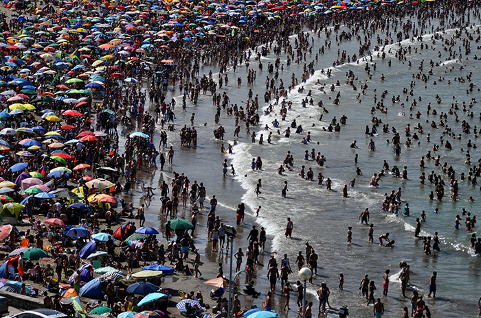Varese: pocas carpas alquiladas, playa pública repleta