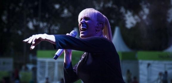 Valeria Lynch y Dread Mar I, gratis en Parque Camet
