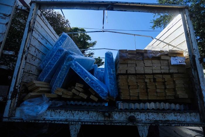 Tras el temporal, asisten a 22 familias con materiales y alimentos