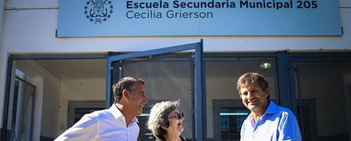"""Escuela Nº 205: """"Arroyo lleva a la policía y nosotros soluciones"""""""