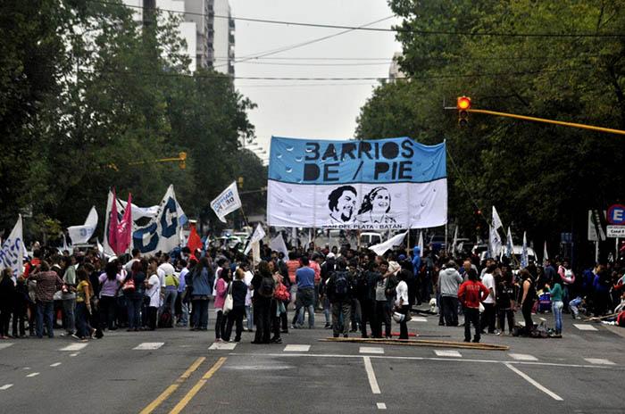 Marchas, ollas populares y cortes de organizaciones sociales