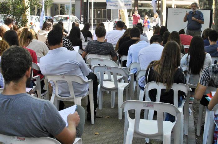 Docentes universitarios: una semana de protesta con paros