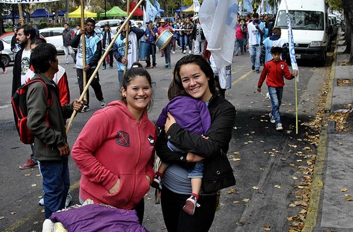 MARCHA EVACUADOS AGRUPACIONES SOCIALES (10)