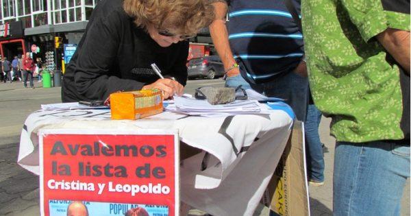 """Muchos marplatenses firmaron para avalar la lista de Cristina"""