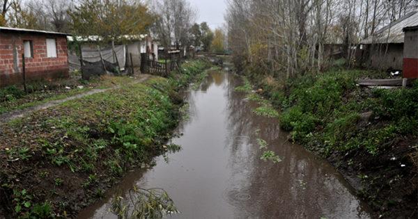 Piden retomar el Plan Argentina Trabaja para limpiar los arroyos
