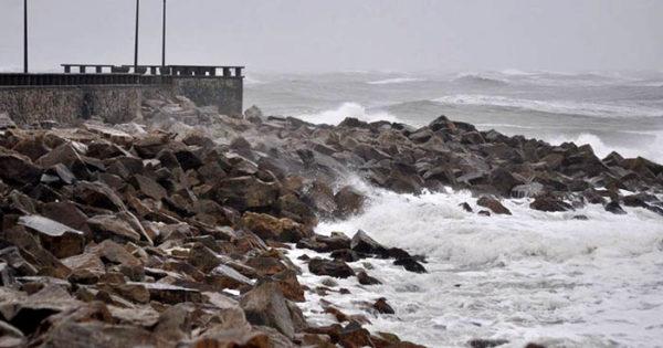 Rige un alerta por tormentas fuertes, con actividad eléctrica