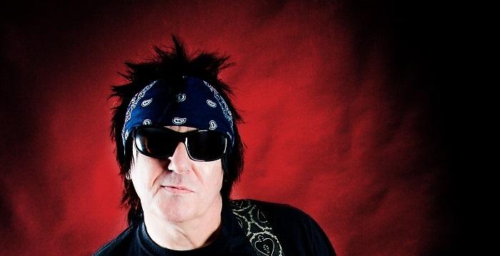 Honest John Plain en el Mar del Plata grita punk