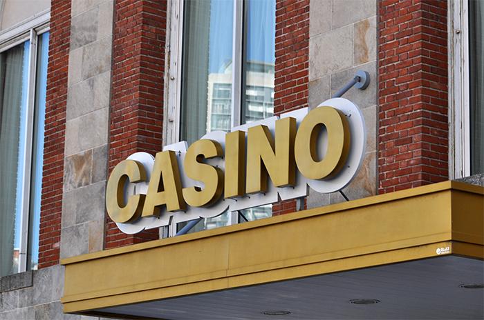 """Sin respuestas, protesta de trabajadores de casinos: """"La paciencia se acabó"""""""