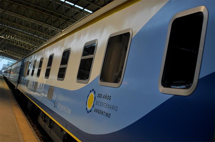 Siguen sin ponerle fecha al regreso del tren a Mar del Plata