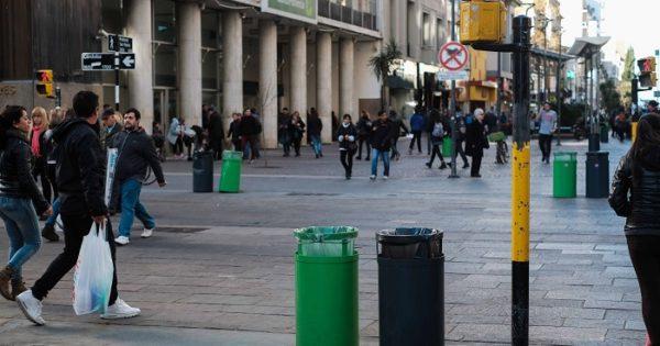 """Con cestos en la calle, piden que """"más gente separe los residuos"""""""