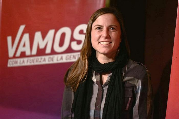 La militante feminista Julia Rigueiro encabeza la lista de Vamos