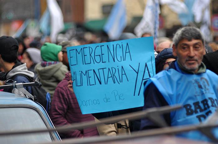 Siguen juntando firmas por la Emergencia Alimentaria
