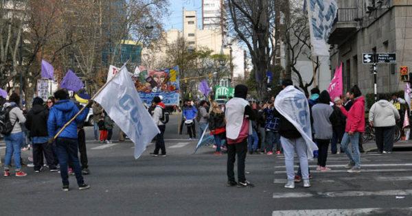 Una nueva protesta para pedir trabajo y obras en los barrios