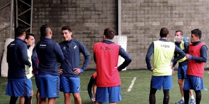 Alvarado comenzó la semana con caras nuevas