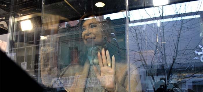 """CFK a sus candidatos: """"Salgan a la calle a escuchar a la gente"""""""