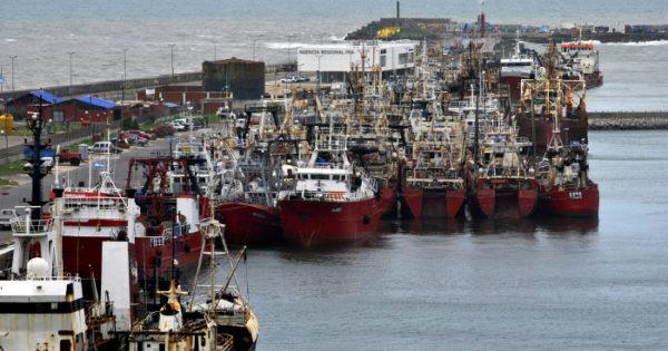 Puerto: los armadores de buques de altura, preocupados y en alerta