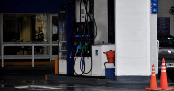 """Combustibles: baja rentabilidad y """"retracción"""" por los aumentos"""