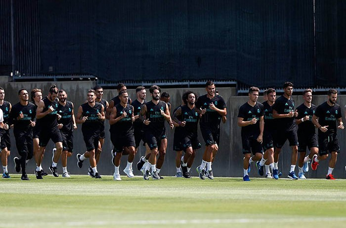FEUILLASSIER REAL MADRID PRETEMPORADA (2)