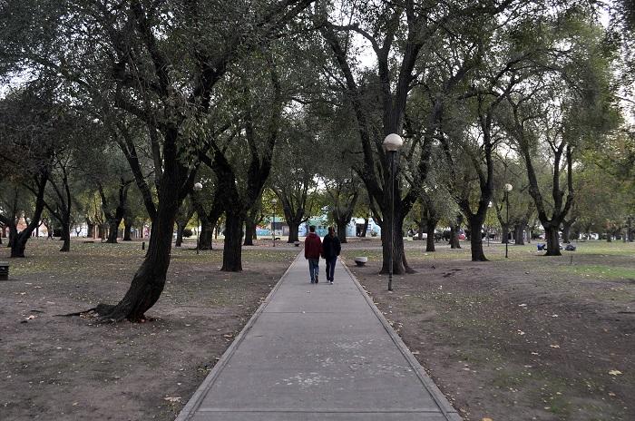 Feriantes a Plaza Peralta Ramos: dudas y pedidos de debate