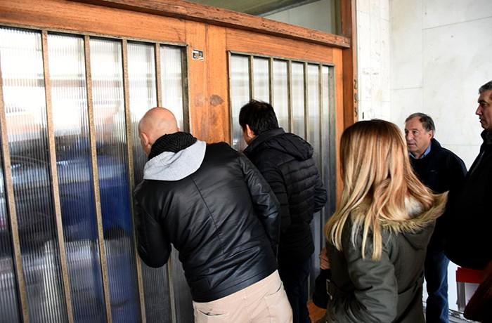 RECLMO BARRIOS DEL SUR BARRO EN LA MUNICIPALIDAD (4)
