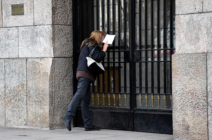 Denuncian a Arroyo por no dejar entrar a vecinos a la Municipalidad