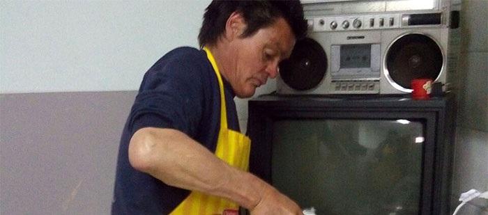 Morir en la calle: el taller y su hija, lejos por una adicción sin abrigo