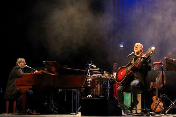 Baglietto y Vitale llegan a Mar del Plata para celebrar 30 años de música y hermandad