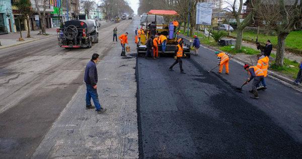 Comenzaron las obras de repavimentación en avenida Luro