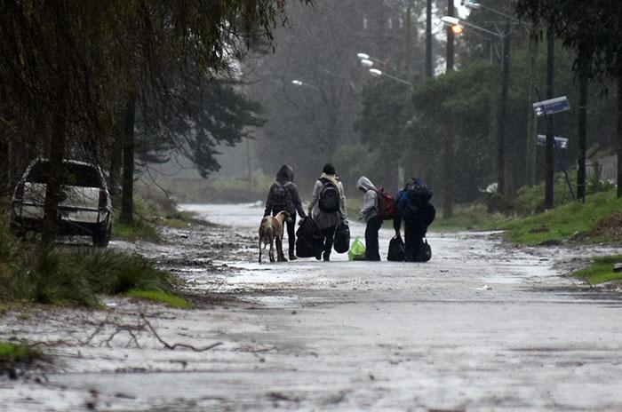 Temporal: dos familias evacuadas tras las intensas lluvias