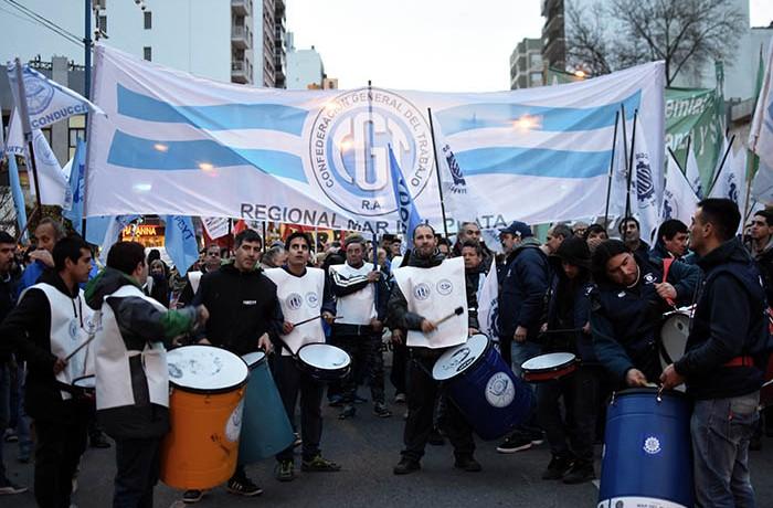 MARCHA CGT CTA MOVIMIENTO OBRERO (11)