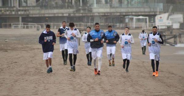 Peñarol se completa en el cuadrangular de Uruguay