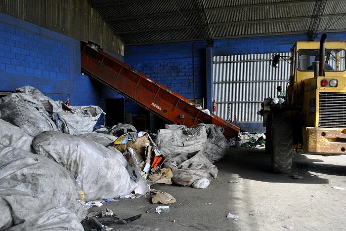 Proponen ceder maquinaria municipal en desuso a CURA