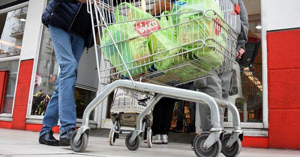 Descuentos en supermercados: días, productos y otros detalles