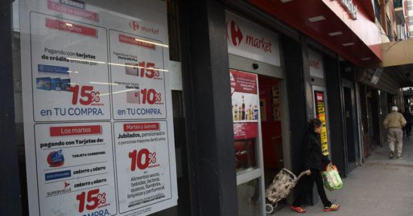 Trabajadores de Carrefour recibirán dos bonos de fin de año