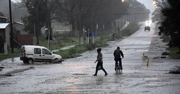 Cesó el alerta, pero quedan 24 evacuados tras el temporal