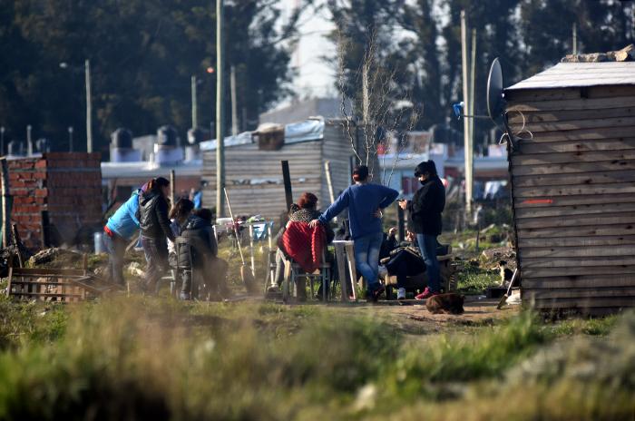 Masiva usurpación de terrenos en Las Heras: necesidad y violencia