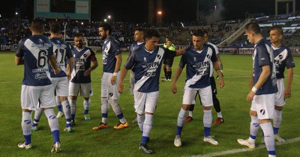 Alvarado quiere sacarle el invicto a Rivadavia