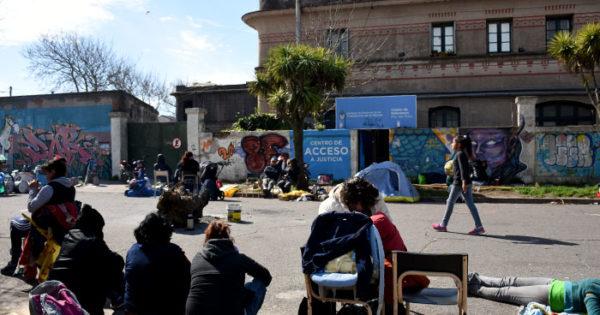 """Protesta en Desarrollo Social: """"Queremos trabajo genuino"""""""