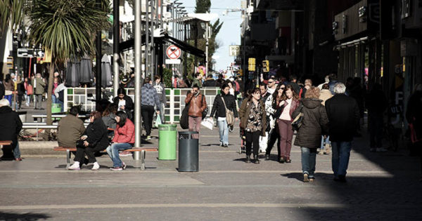"La policía detuvo al guitarrista de la Peatonal: ""No me dejan laburar"""