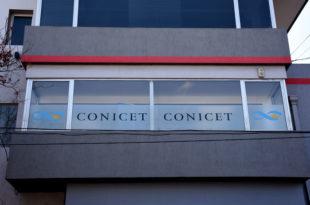 Tras los reclamos, anunciaron un aumento extra del 10% para trabajadores del Conicet