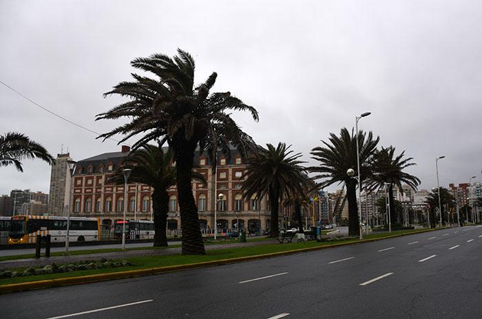 Lluvia y fuerte viento: se espera una mejora a partir de la tarde