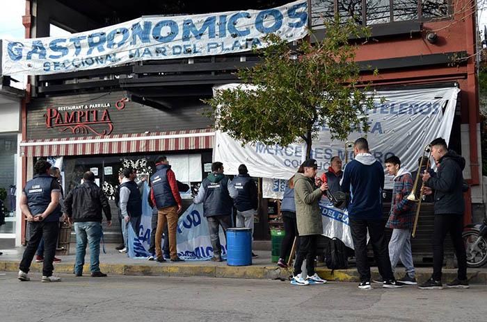 Toma de Pampita: protesta en el último día de plazo por el desalojo