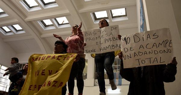 Nueva Esperanza: sin respuestas, el reclamo volvió al Municipio