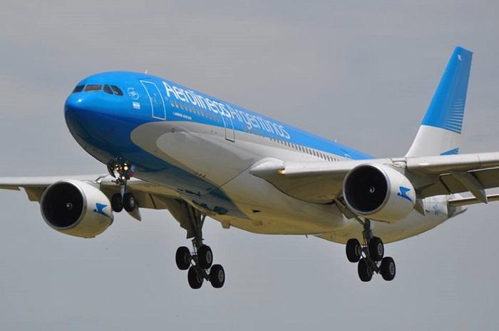 Aeropuerto: llegó el primer vuelo desde Córdoba