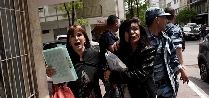 Caso Melmann: tensión, repudio y mucha policía afuera de Tribunales