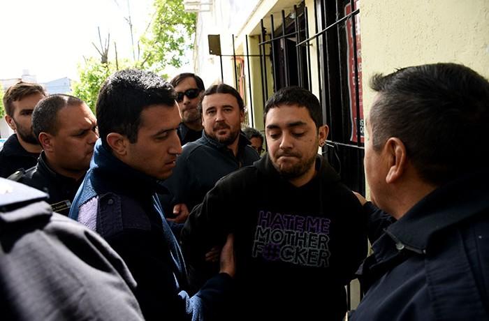 Allanan la sede del FIT y detienen a varios de sus candidatos