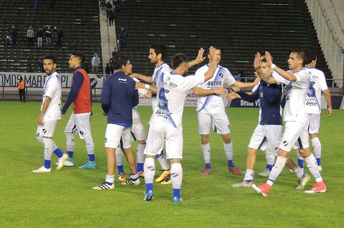 Alvarado logró su cuarta victoria consecutiva