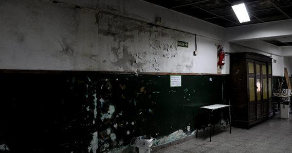 Secundaria N° 58: sin edificio, sin aulas y con soluciones demoradas