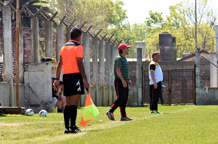 Se juega la tercera función del fútbol local