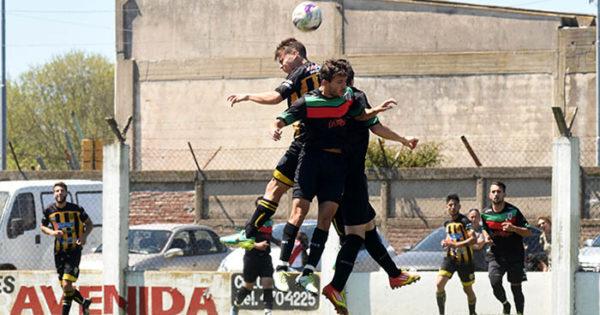 La segunda fecha del fútbol local, con goleadas de los líderes